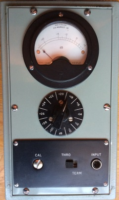 Medidor de Nivel en dB. Modelo 74164A de la Standard Telephones&Cables Ltd London (colección particular)