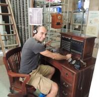 Estableciendo una comunicación real desde la centralita con uno delos teléfonos del museo