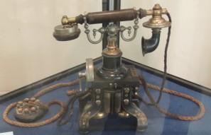 Teléfono Ericsson 1895