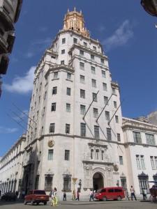Edificio de ETECSA en La Habana, sede del museo (Archivo del Museo de las Telecomunicaciones de Cuba)