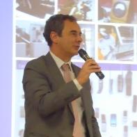 Clausura el acto el Dtor. de la Escuela Alberto Gónzalez Salvador