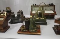 Diversos aparatos telegráficos