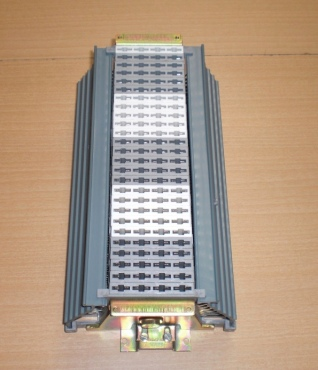 Regleta de corte y prueba tipo V1200 (aquí para 104 pares)
