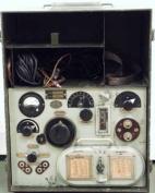 Receptor Radio (Escucha) portátil Lorenz SPEZ445 b Bs 1936 L53-668 (Academia Ingenieros de Hoyo de Manzanares)