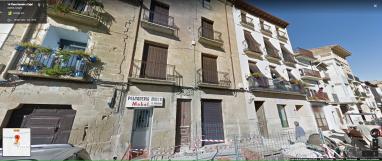 Ayerbe. Plaza de Ramón y Cajal. Google Maps. Vista actual para comparación.