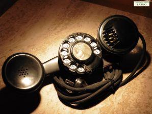 Teléfono con disco. Archivo Histórico EA4DO