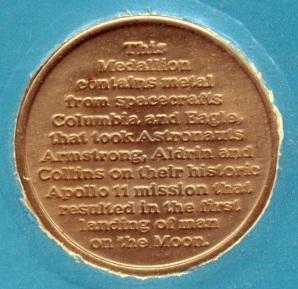 Medalla conmemorativa Apollo 11. Reverso.