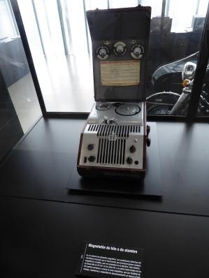Magnetofon de hilo o de alambre 1954. MUNCYT