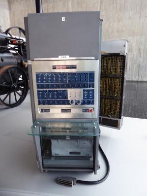 IBM 650. 1954. MUNCYT