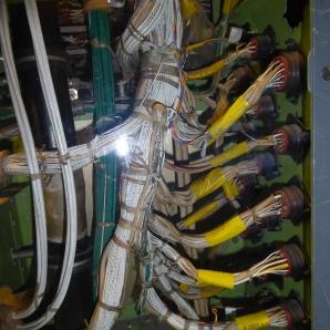 Formas de cable. Interior cabina Boeing 747. MUNCYT
