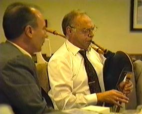 Pedro Martinez y Cesar Concheiro a la gaita. 1994